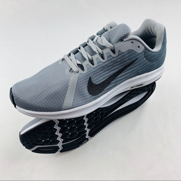 New In Box Mens Downshifter 8 Wolf Grey